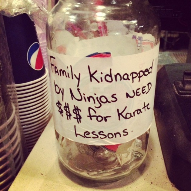 Funny-Tip-Jar-Signs-07
